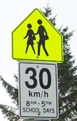school_zone_sign9798